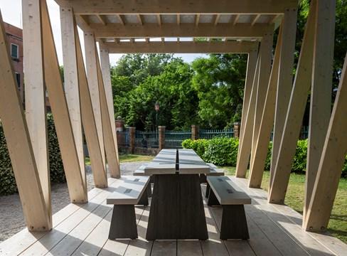 赤松成为威尼斯建筑双年展上的主角